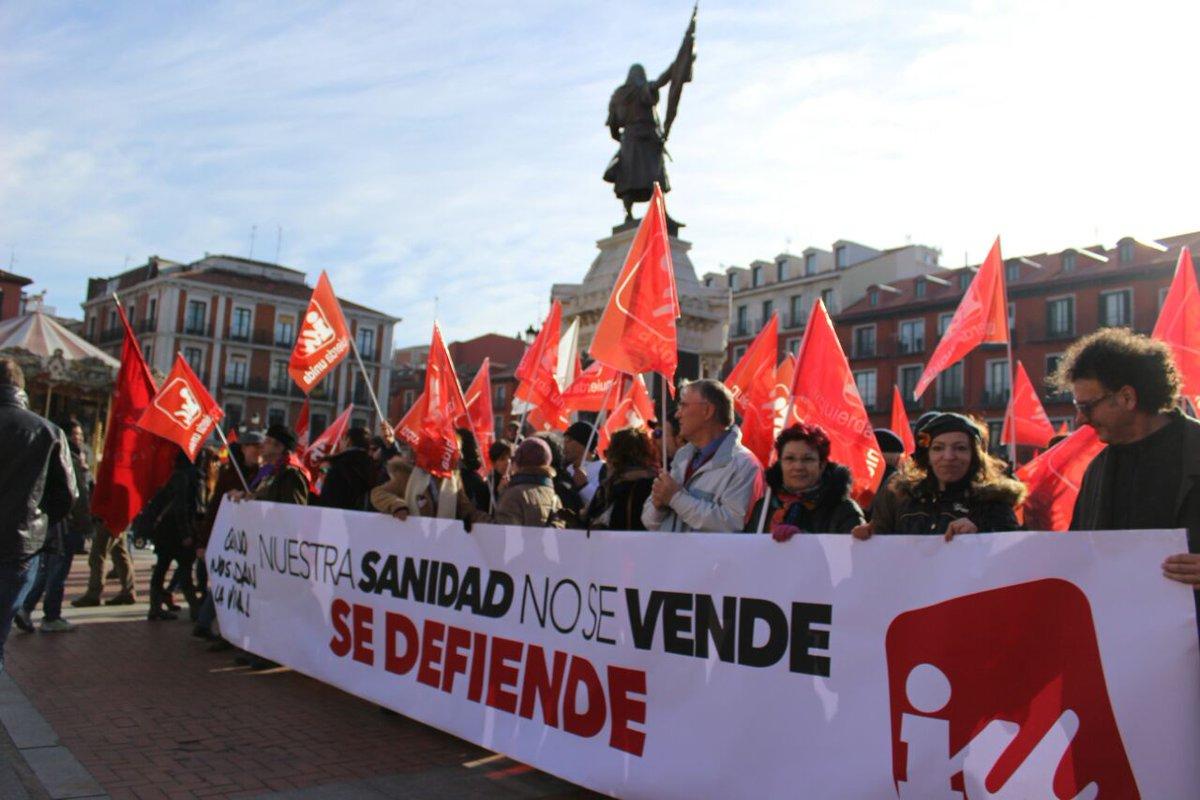 RT @iucyl: #NosDuelelaSanidad #MareaBlancaCyL #20E  Nuestra sanidad no se vende se defiende. https://t.co/3bb44PLeLu