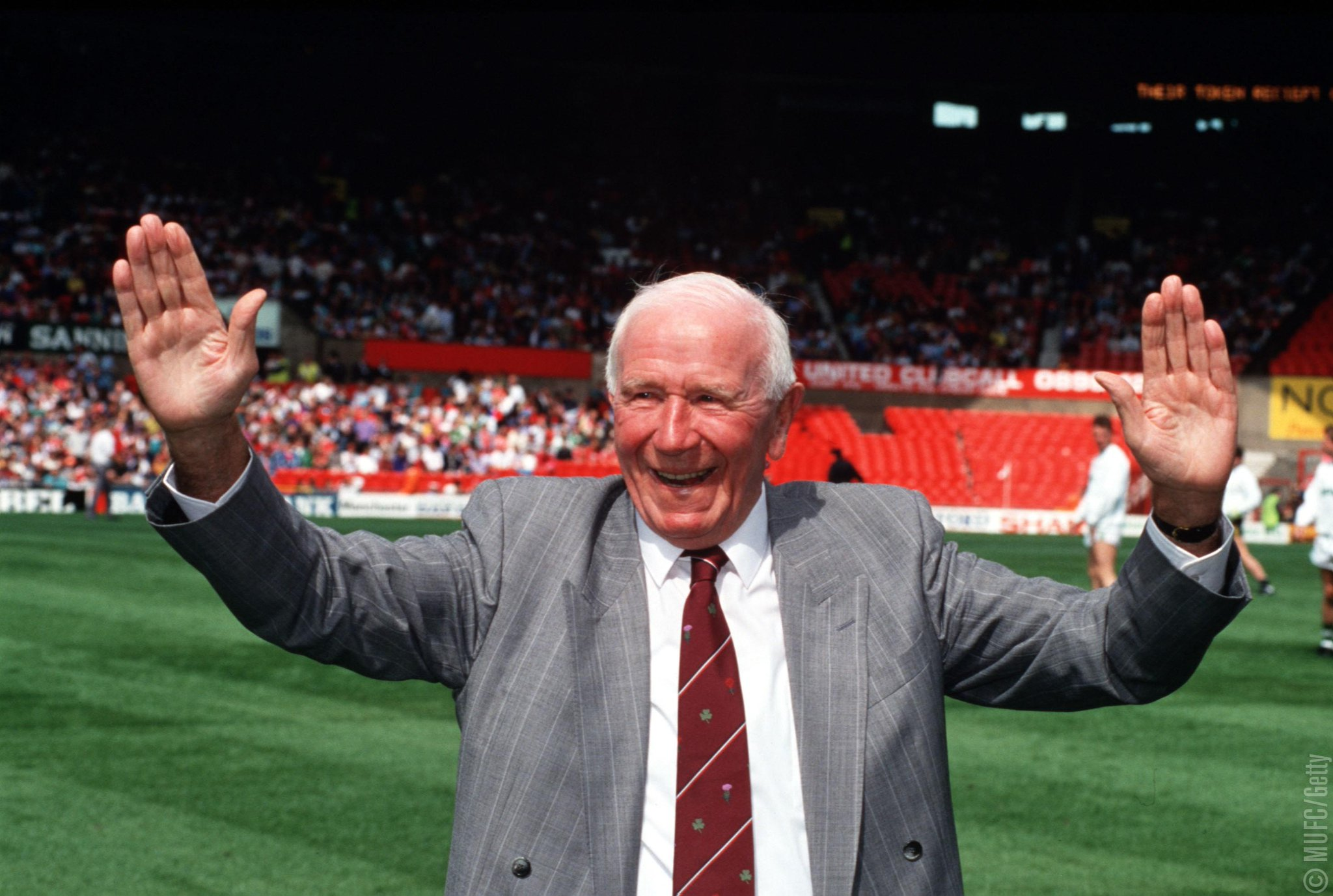 Today marks 24 years since Sir Matt Busby passed away. A true #MUFC legend. https://t.co/8k165u9HhF