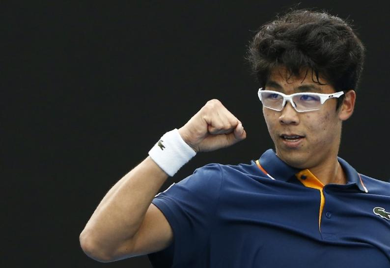 Tennis: Zverev collapses to defeat by South Korea's Chung https://t.co/aUL7v7xwpQ https://t.co/3k47IuBG23