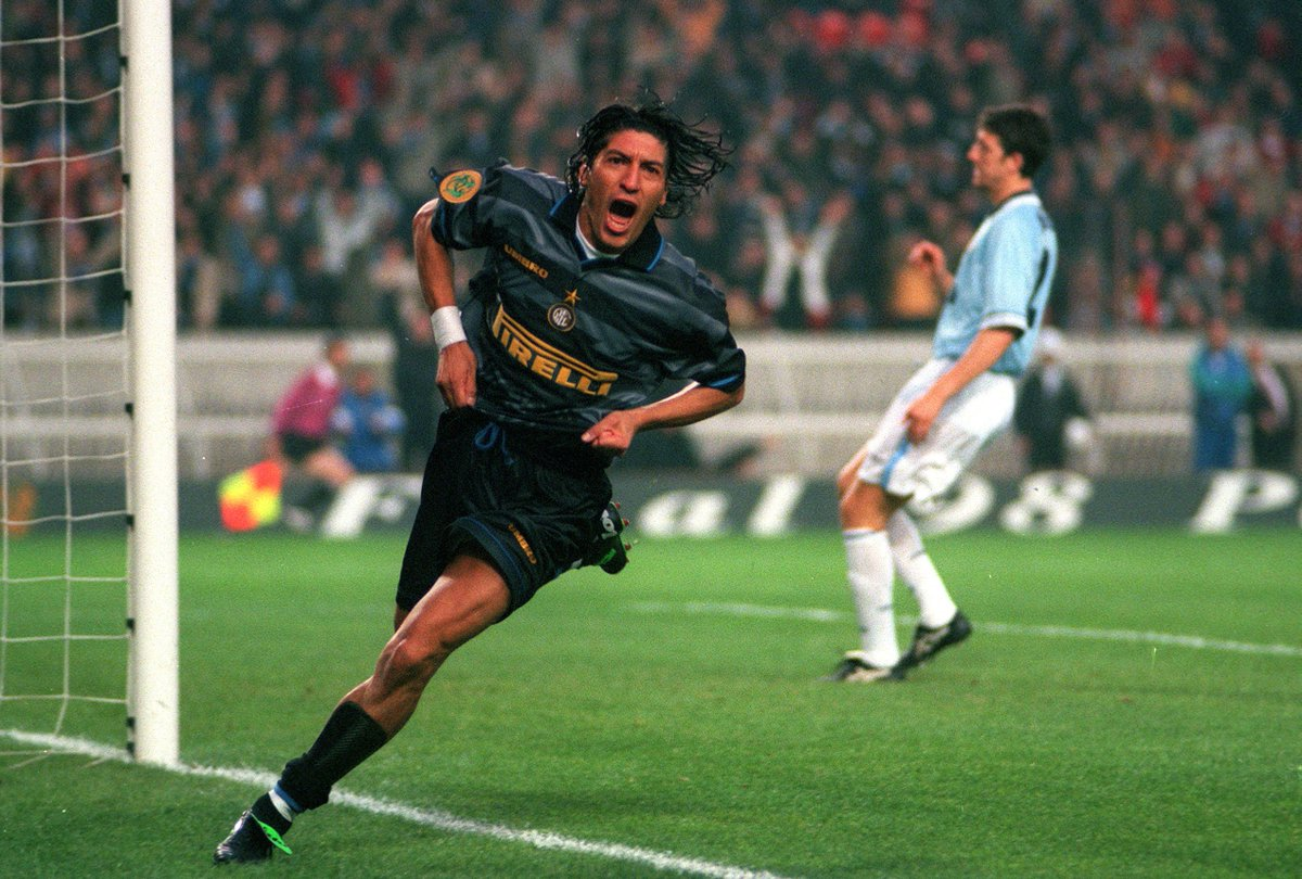 Wish Inter legend & 1998 UEFA Cup winner Iván Zamorano a happy birthday! 🏆🎉🎉🎉 https://t.co/KPJWuzvNpS