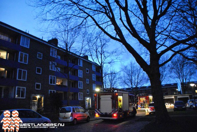 Verwarde man sticht brand in eigen woning https://t.co/cswDaFJSua https://t.co/NLIIWi4SNk
