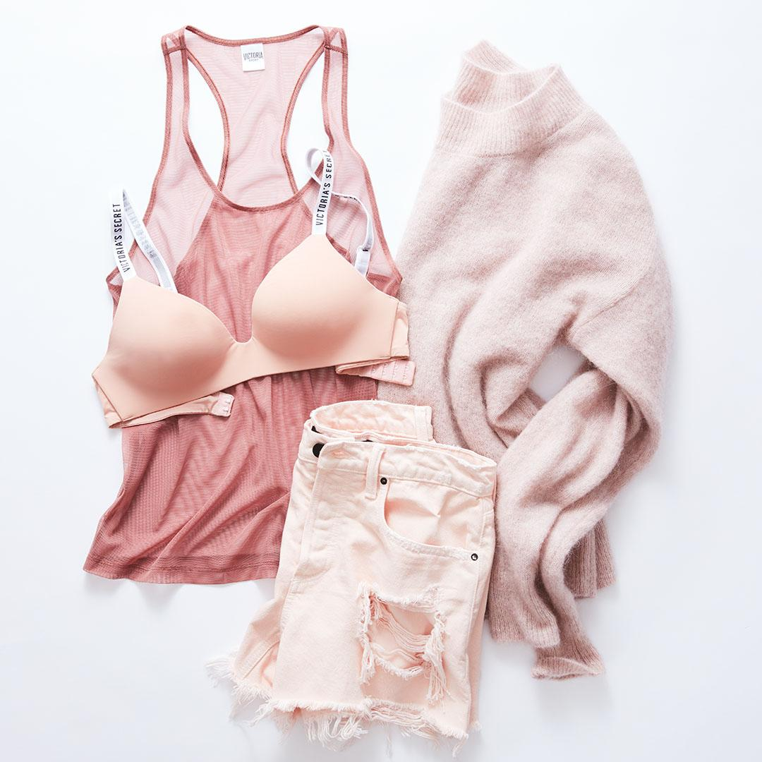 The best comfy-sexy combo starts with the best T-Shirt Bra, now 2/$49.50. #GoWireless https://t.co/FVWG6PtPaF https://t.co/98KeujXAzb