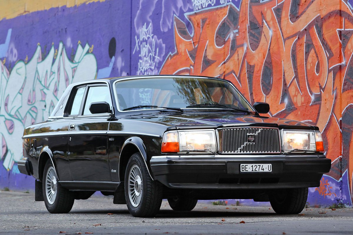 test Twitter Media - David Bowie's Volvo 262C Bertone Coupe sold for $276,668.80! #tbt https://t.co/9qK4i8I2PH