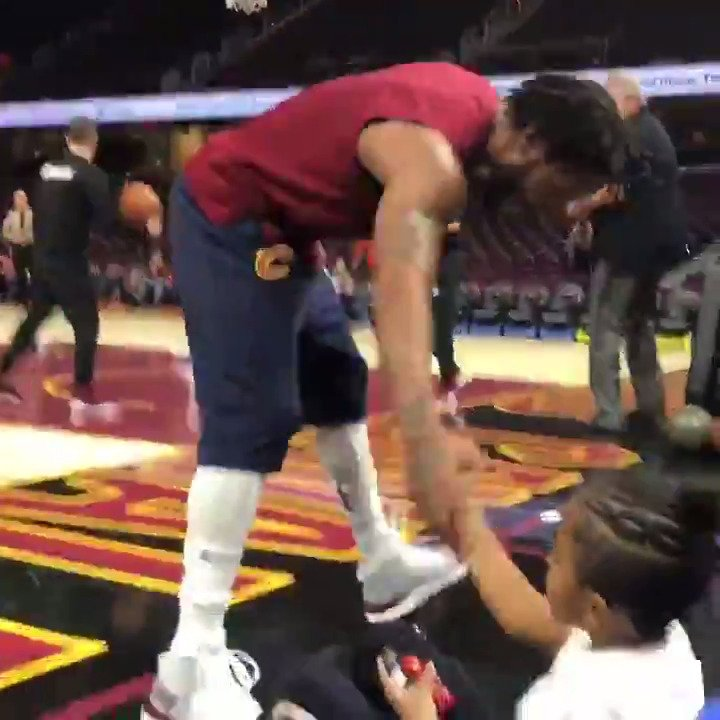 Derrick Rose's biggest fan... his son PJ... cheers him on!   #ThisIsWhyWePlay https://t.co/rCBnwp00Qw