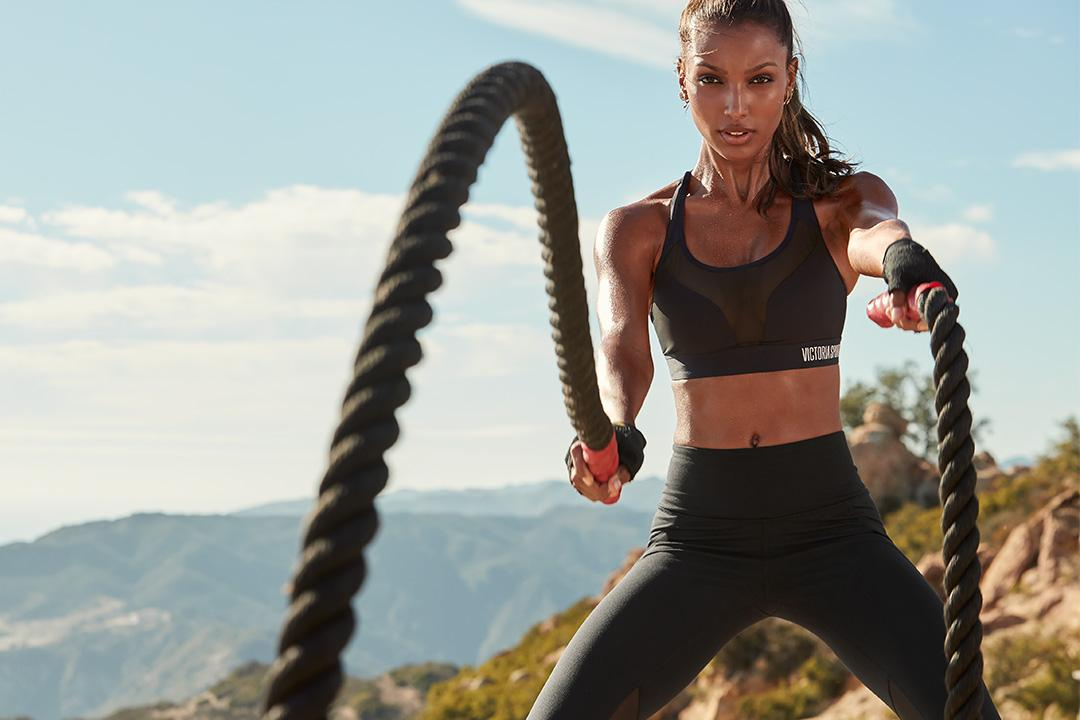 Don't let this go—a sport bra & pant for $55 total! Excl. apply. Ends 1.22. ???????? only. https://t.co/I1OT3Zo7Zm https://t.co/qTyAmdO5Vs