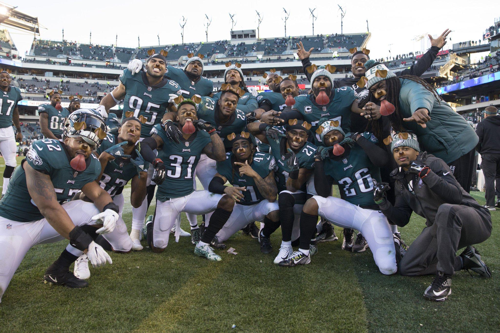 The #Eagles have no shortage of motivation #Underdogs https://t.co/ZG37c2vAxM https://t.co/UJyi6Cn7Ue