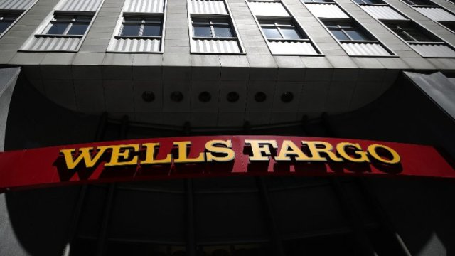 Wells Fargo Billing Glitch InfuriatesCustomers