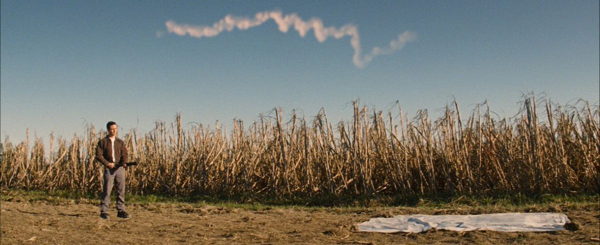 RT @OnePerfectShot: LOOPER (2012)   DP: Steve Yedlin Director: Rian Johnson More Shots: https://t.co/3lZDz56XRH https://t.co/9MkEL6Tjuz