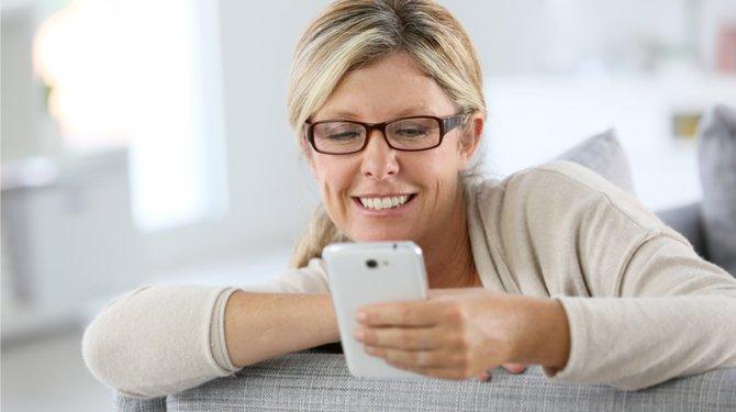 Black Mirror werkt aan aflevering over de dag waarop je moeder WhatsApp installeert https://t.co/o9VQbsAd6m https://t.co/KPzJu7fNaf