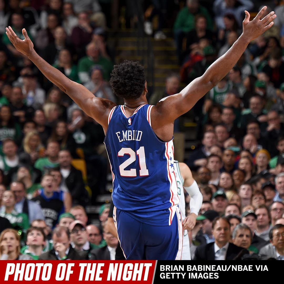 He's an All-Star now. #PhotoOfTheNight https://t.co/LdGrVXFGTu