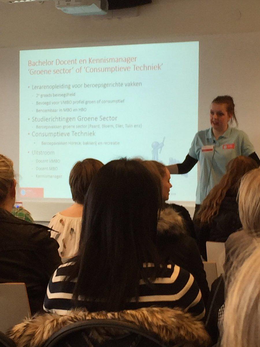 test Twitter Media - Interessant bezoek bij @AHW_nieuws #Wageningen #lerarenopleiding beroepsgerichte vakken in #groen #onderwijs en consumptieve techniek. Vandaag is er ook open dag voor nieuwe studenten. Nu bij presentatie door 1e-jaars student; dat wordt een prima #docent! https://t.co/b6adkdpmsg