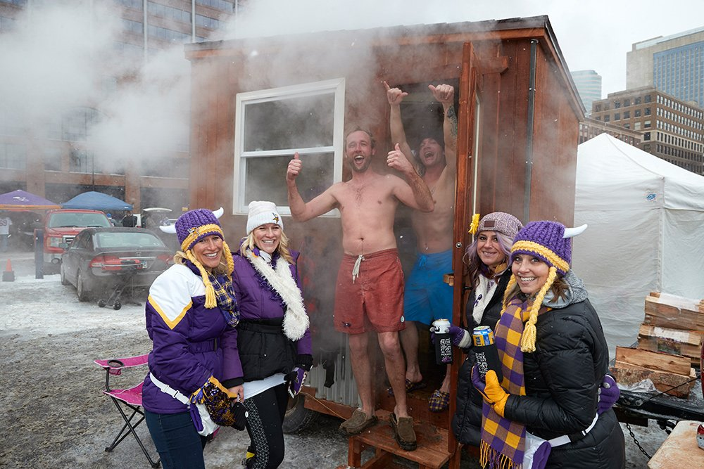Just found SI's stash of photos from the Vikings tailgate before their game against the Saints. https://t.co/QWVNMzh6ds