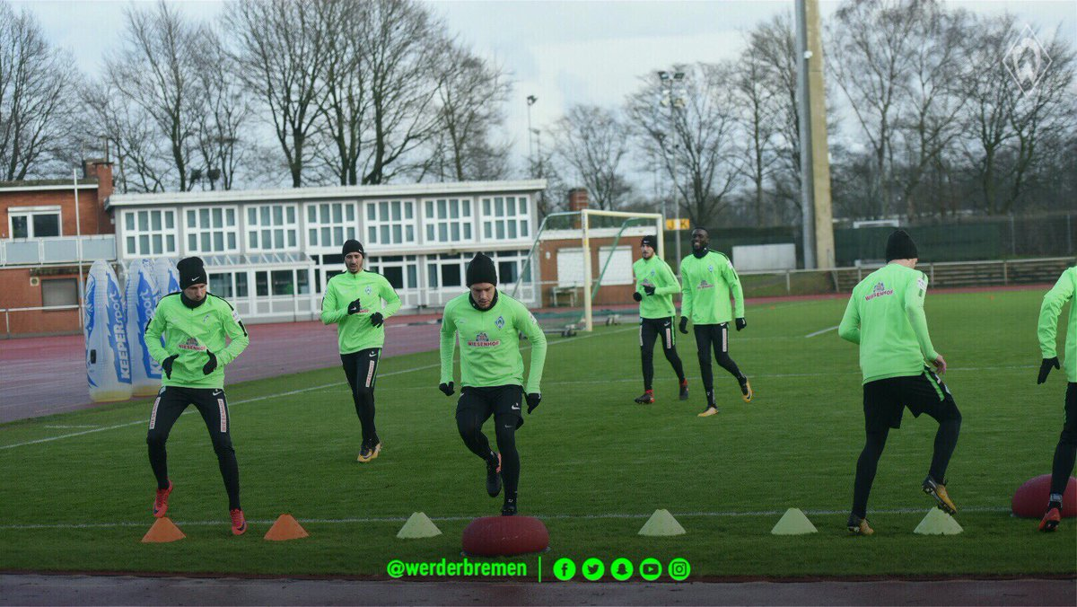Last session behind closed doors before #fcbsvw ✅ #werder https://t.co/7izXv3bYeU