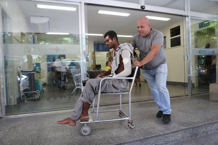 @BroadcastImagem: 'Ele não poderia nunca estar dirigindo', diz vítima atropelada na orla de Copacabana. Wilton Júnior/Estadão