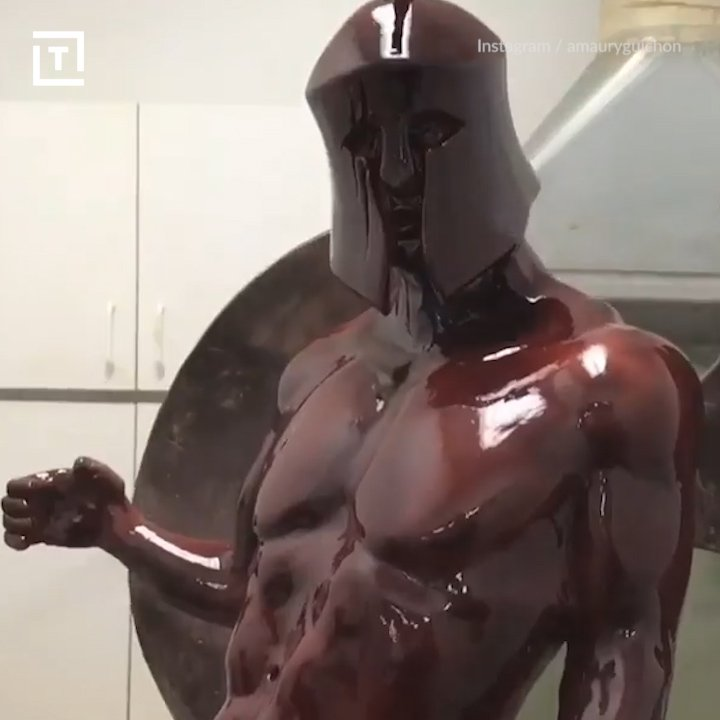 This statue is made of 120 pounds of pure chocolate. https://t.co/EtsZf2dVek