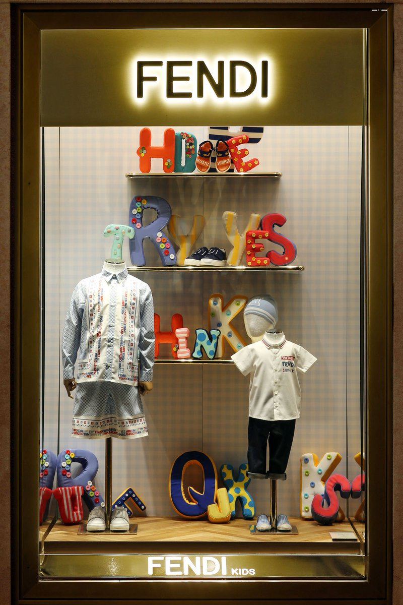 The energetic and vibrant #FendiKids collection lights up the windows of the Fendi Boutique, in the heart of Rome. https://t.co/fOXeNF30y5