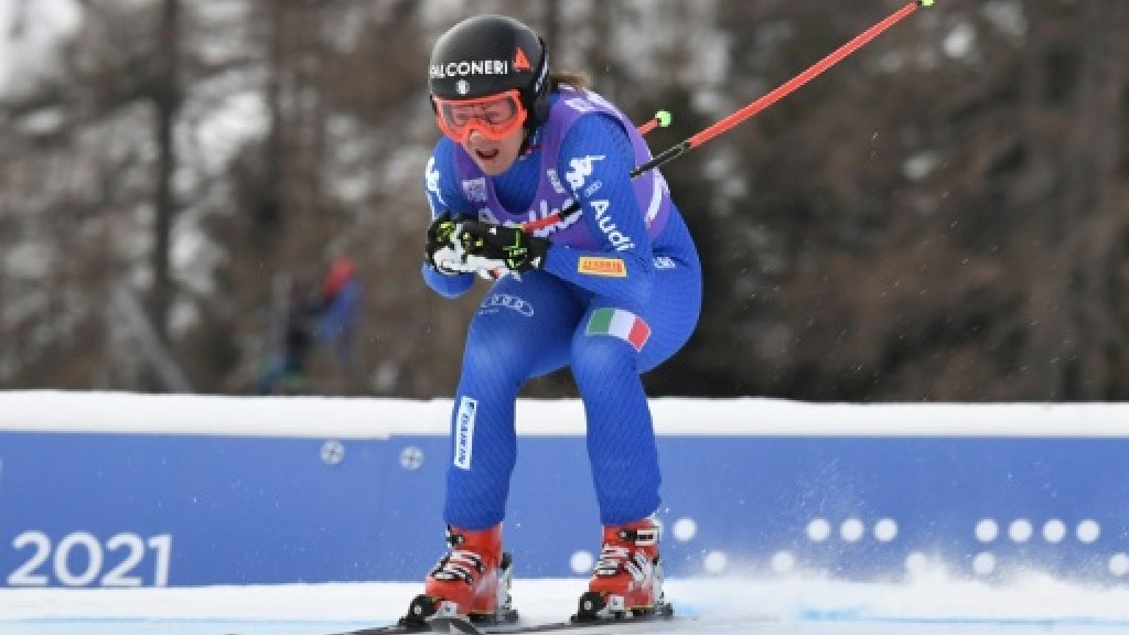 Goggia pips Vonn in Cortina World Cup downhill