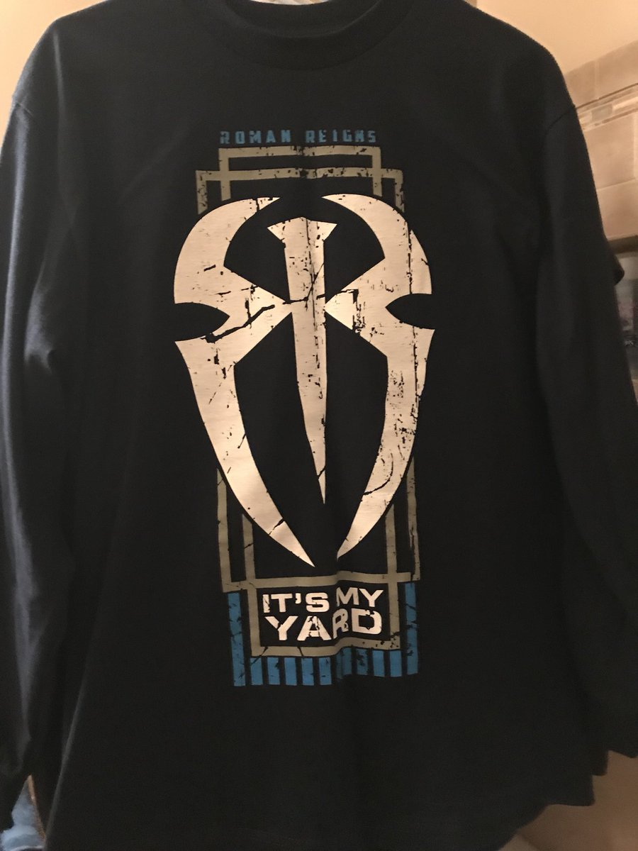 RT @MarkDeering3: The collection of mostly Roman Reigns but all 3 guys from The Shield https://t.co/Fq5psdEtfJ