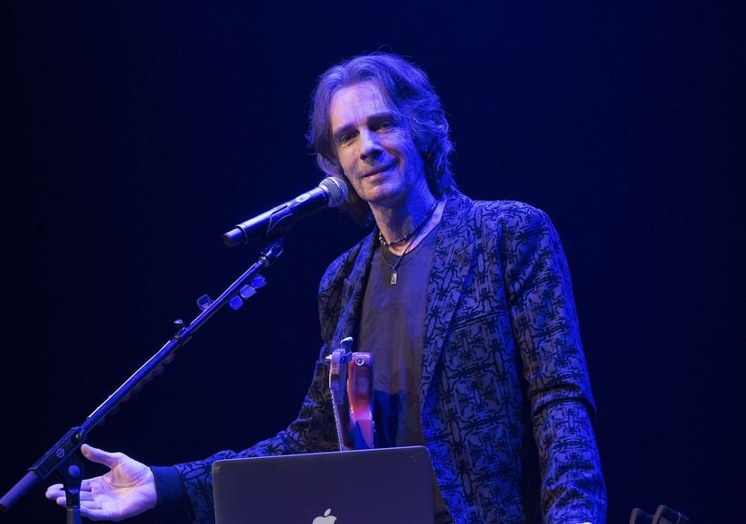 Rick Springfield reflects on the day he almost died, plus his thoughts of suicide: https://t.co/J7dDJUH9oG https://t.co/VMNR5XKSzX