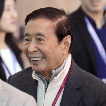 test Twitter Media - Richest people in Hong Kong: 1. Li Ka-Shing 2. Lee Shau Kee 3. Lui Che Woo https://t.co/6xVW2plOBd https://t.co/sgbbVD22QP
