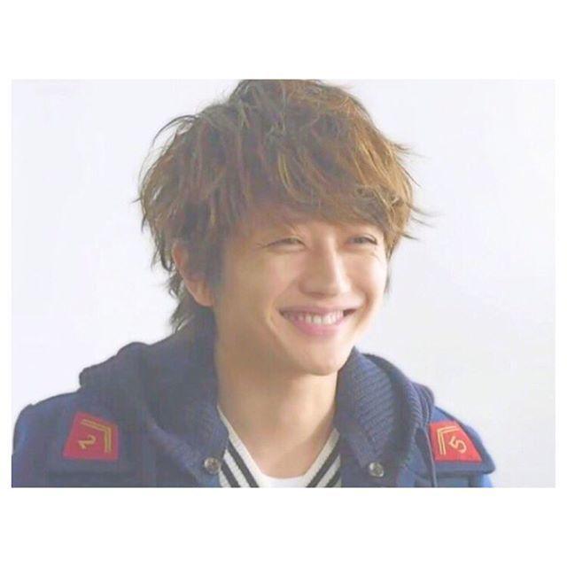 . この笑顔も…目尻のシワッww . #aaa ##nissy #nishijimatakahiro #にっしー  #�� https://t.co/qUzUMYfkA9 https://t.co/jJOohjj2wU