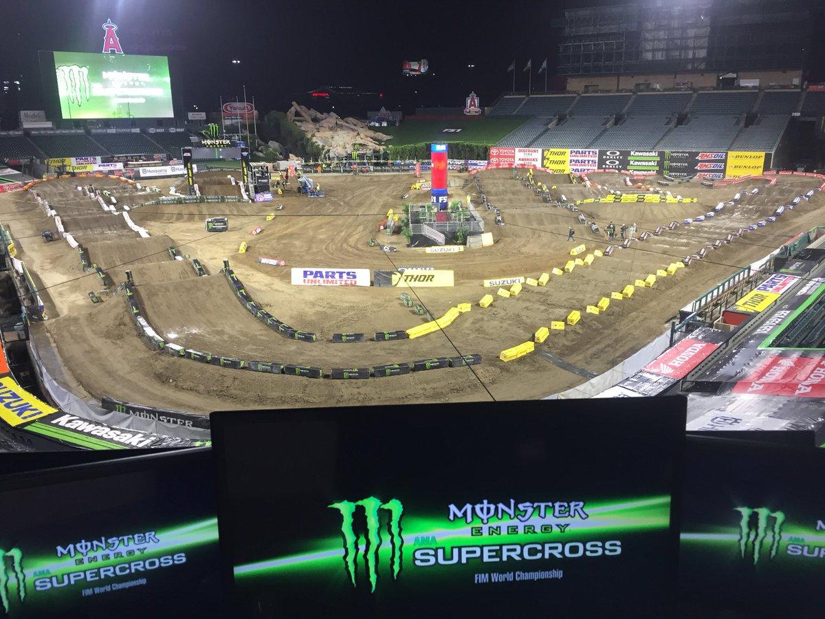 RT @ralphsheheen: Angel Stadium is ready for @SupercrossLIVE on @FS1 #SXonFOX #TripleCrown https://t.co/HdkofawZ6y