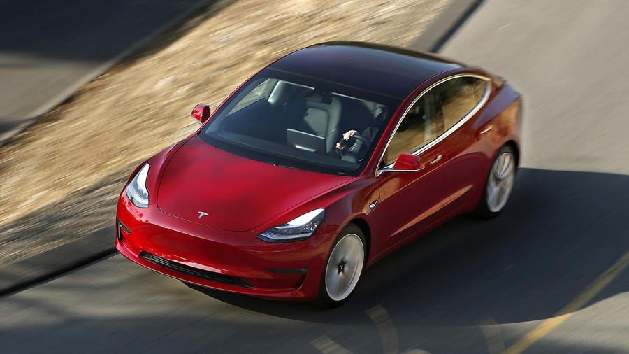 Elon Musk's mass-market car is a magic carpet ride -Read our review of the Tesla Model 3 https://t.co/cZ1dBfMbKV https://t.co/eSKPo7o0cL