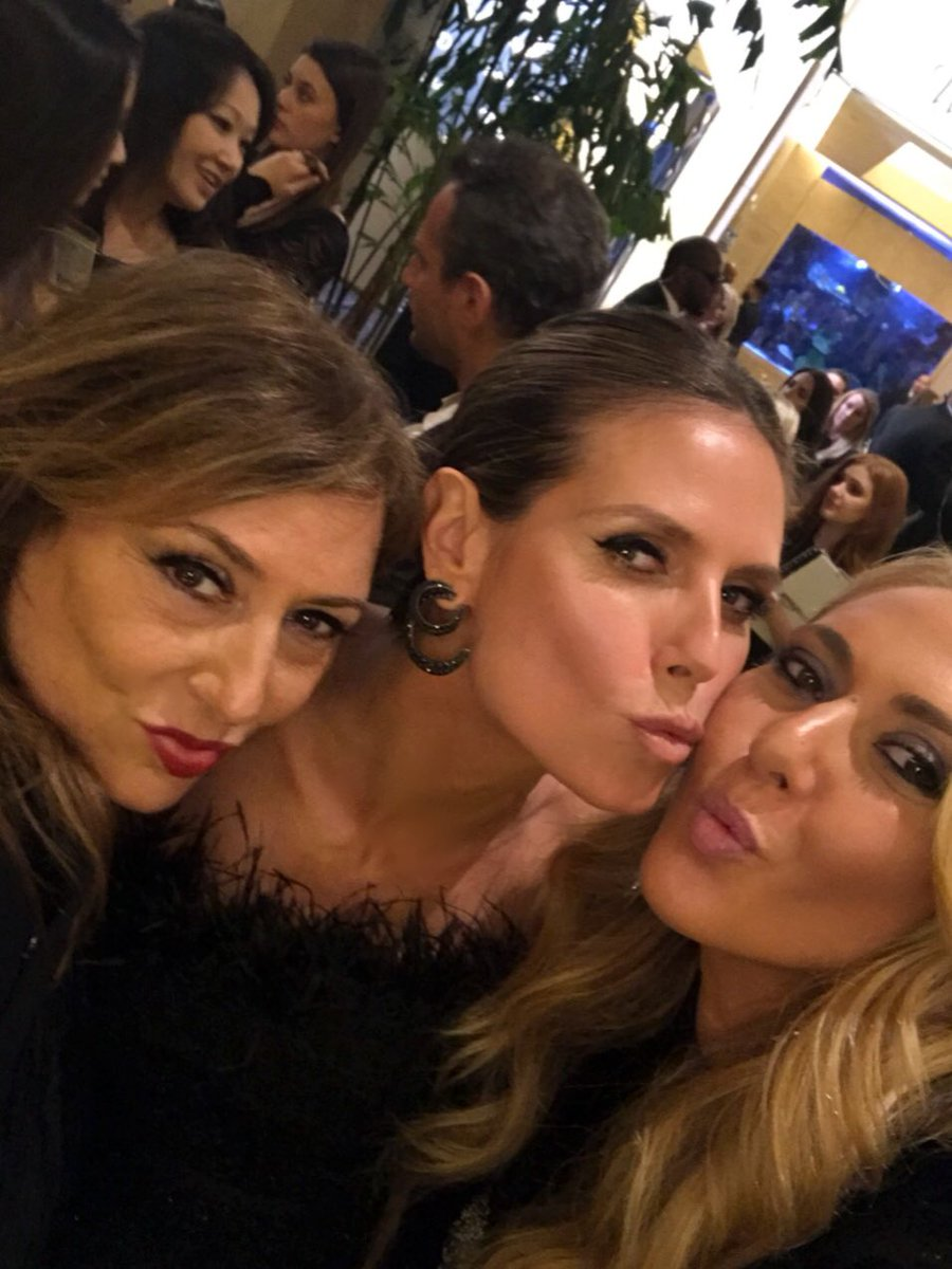 With my girls @lorraineschwartz  @ofirajewelz  ???????? https://t.co/43skUBgqvS