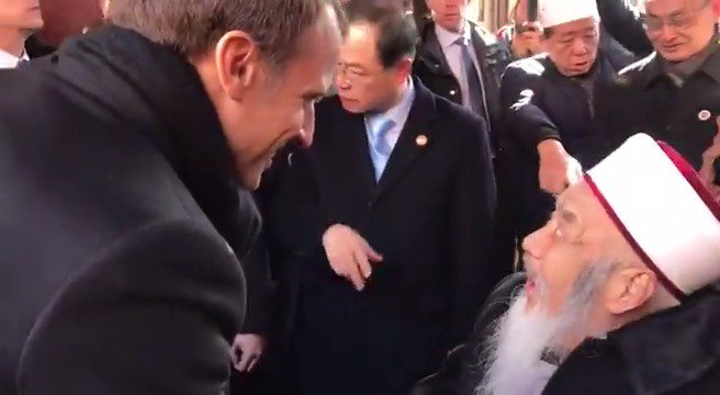 Accueil à la Grande mosquée de Xi'an. https://t.co/Oib4G5x0Wy