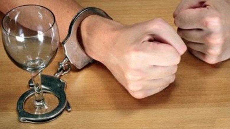 Как принудительно лечить человека от алкоголизма