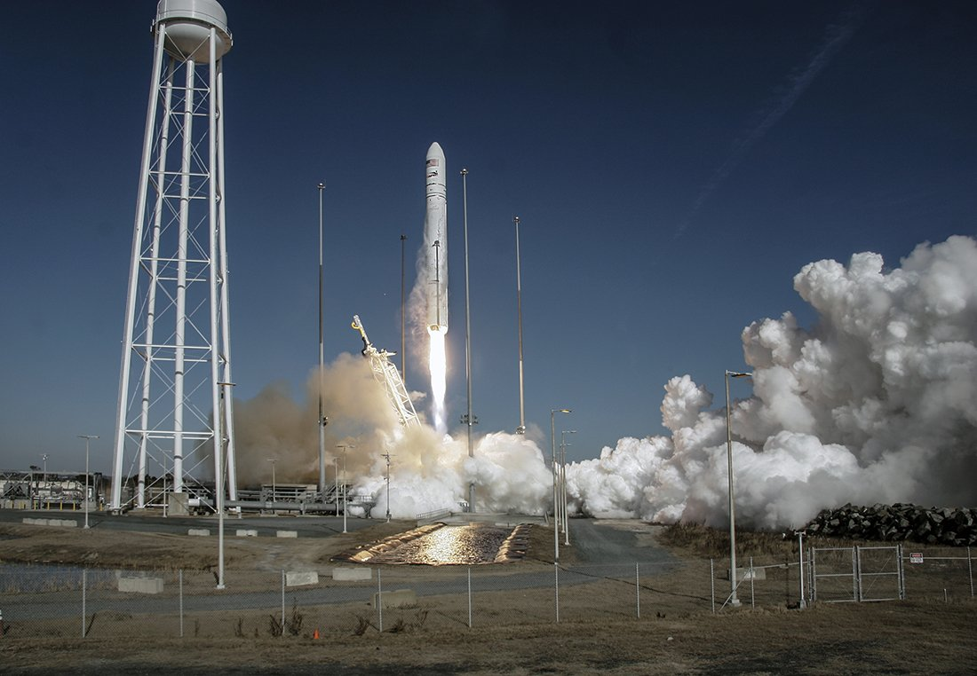 #OTD in 2014, our Orb-1 mission lifted off from @NASA_Wallops, carrying more than 2,700 pounds of cargo to astronauts aboard @Space_Station. #Antares #Cygnus https://t.co/oQWW9PHHTB