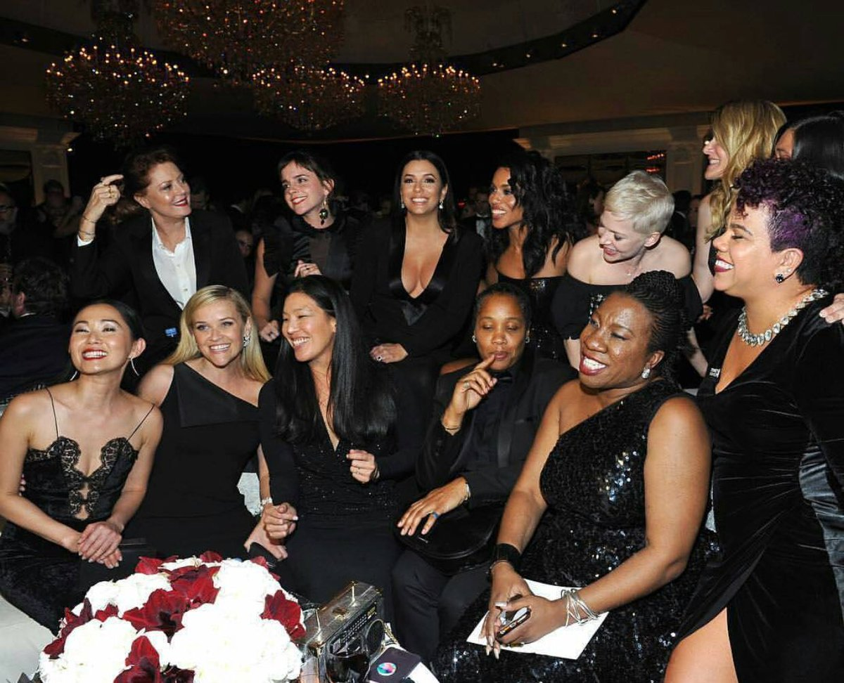 Actresses and Activists ❤❤❤ #TIMESUP #WhyWeWearBlack #GoldenGlobes2018 https://t.co/EtUf5bwsuJ