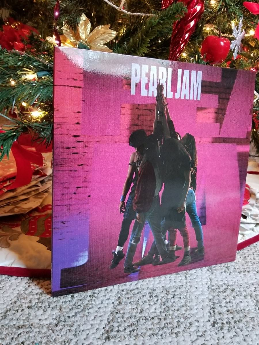 RT @yaszman: 'Got one of the greatest albums of all time in vinyl for Christmas...Thank you Jesus!' #PearlJam https://t.co/aI9kdvKK7I