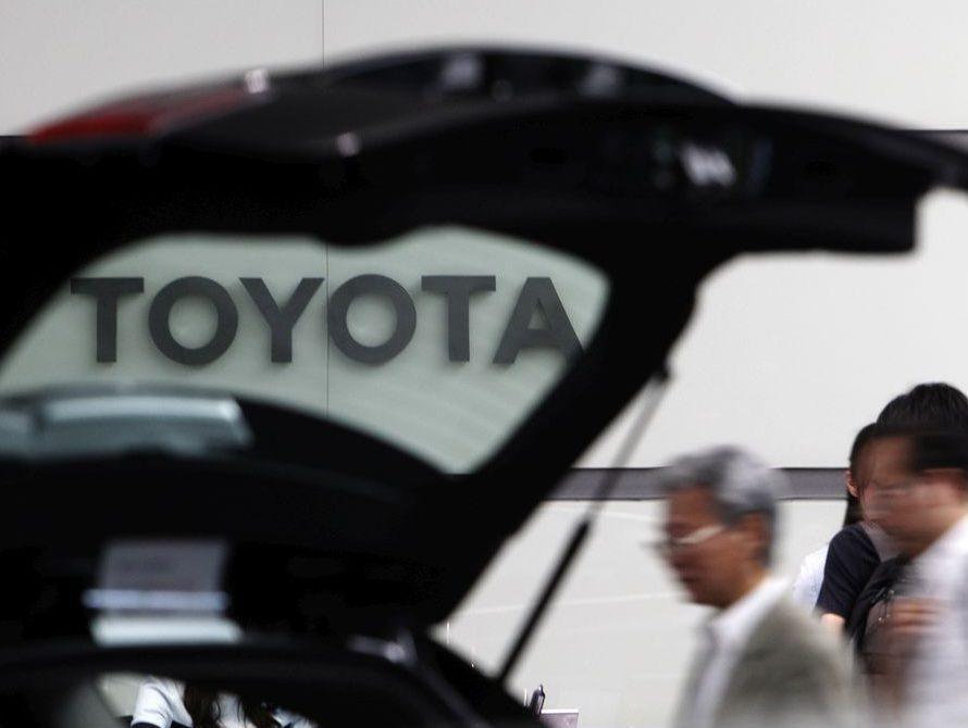 Toyota adds 601,000 vehicles to Takata air bag recalls