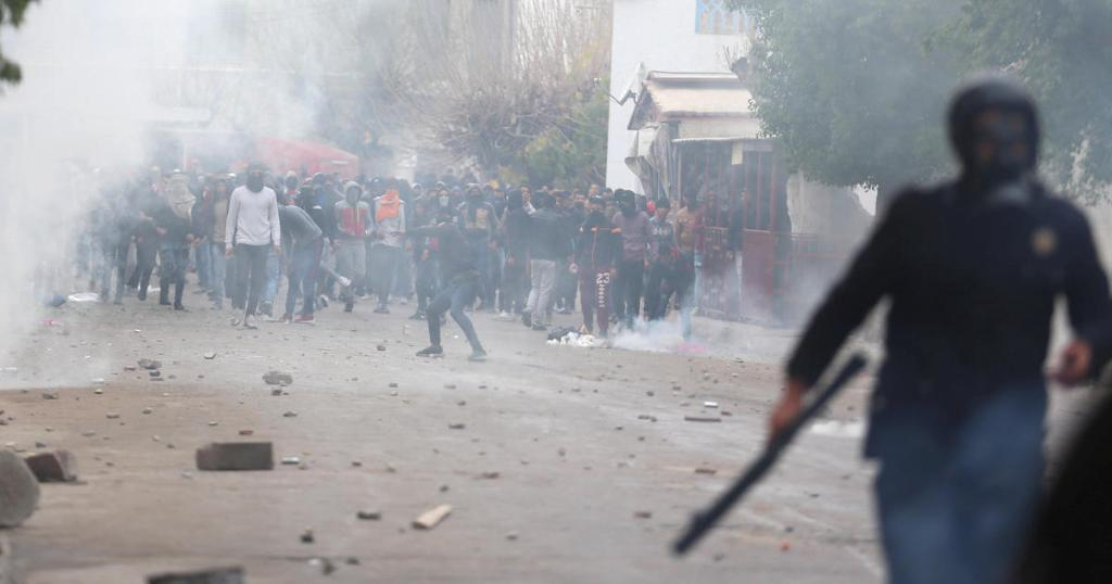 Tunisian government vows to crack down on rioters after violent protests