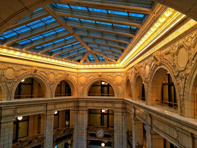 Downtown Detroit Hotel Guide