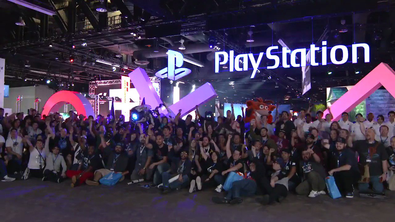 Today we're throwing it back to PSX 2017, which was extra special in person. #tbt https://t.co/V2QnWpLkSD