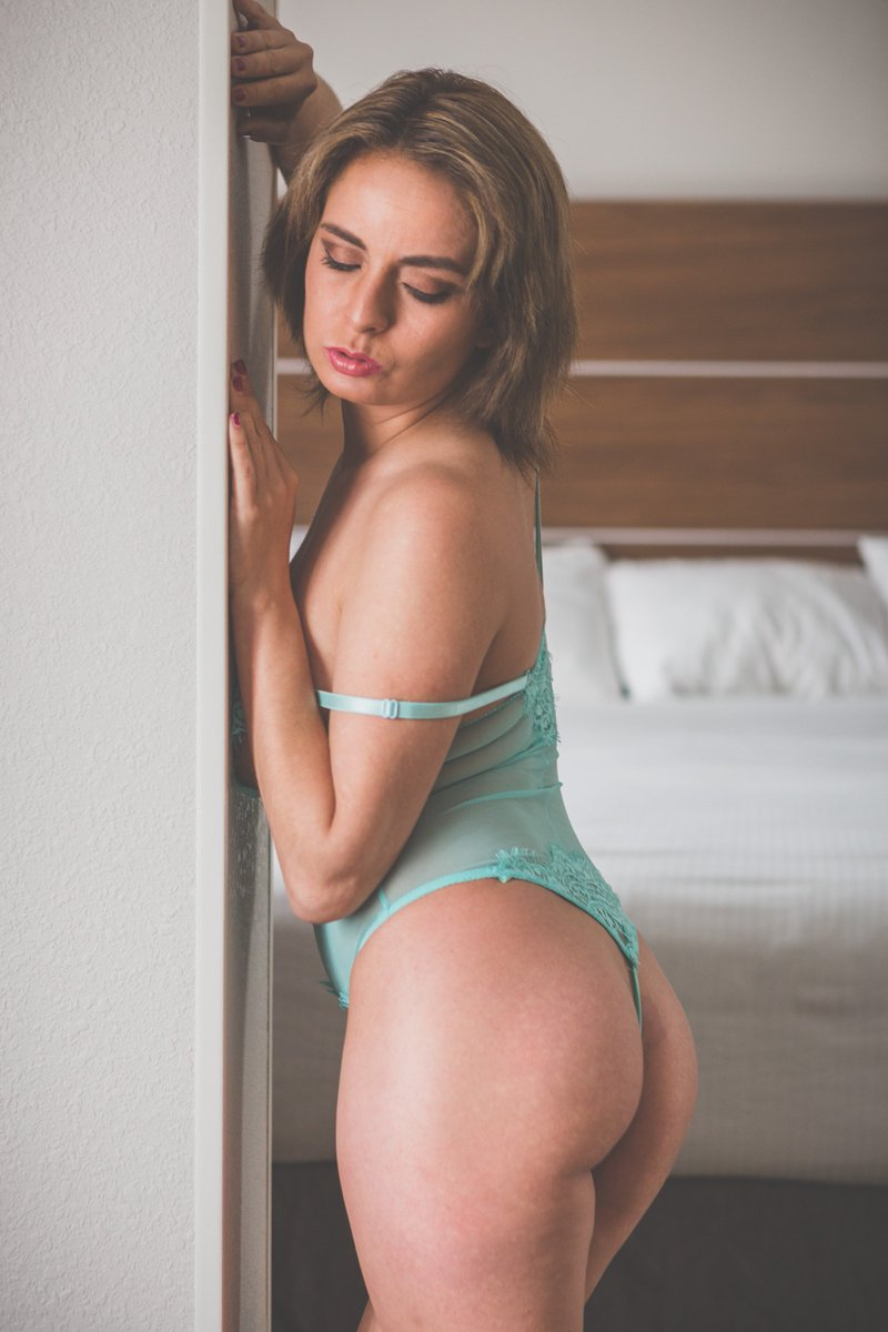 See all my sexiest self shot content here UvvSVu7uak Yn1iqH0bnX