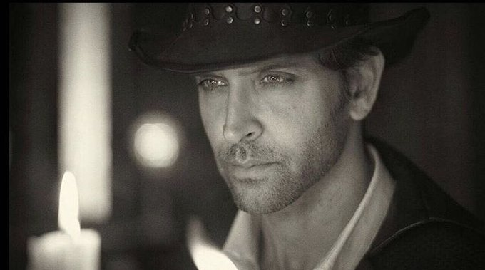 Happy Birthday to the Bollywood Heartthrob Hrithik Roshan!!