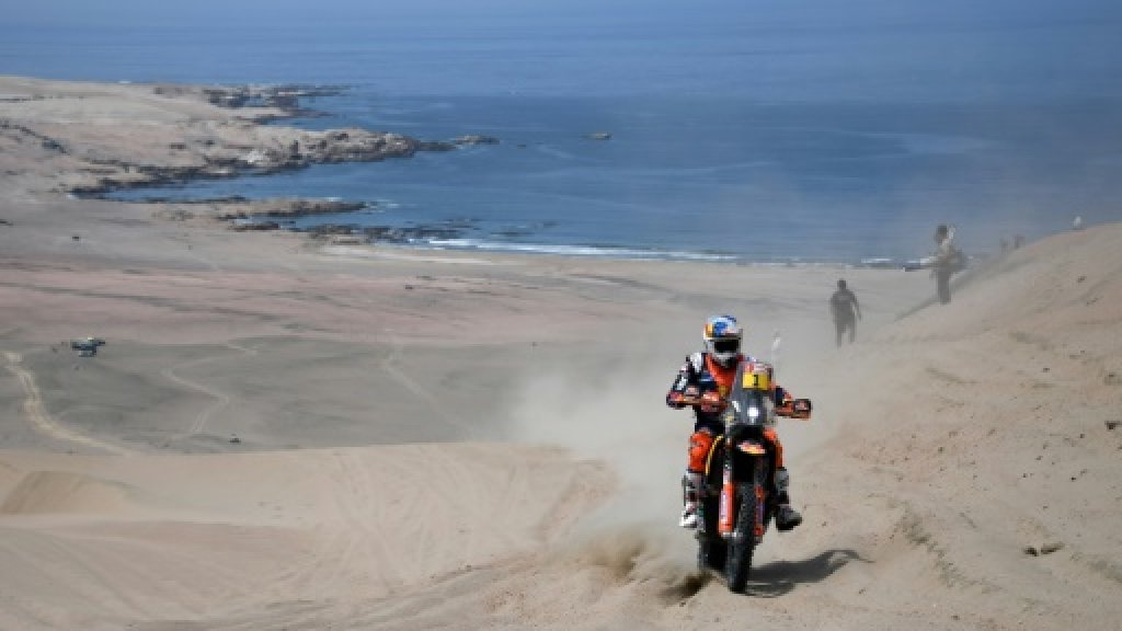 Bikes champion Sunderland out of Dakar Rally