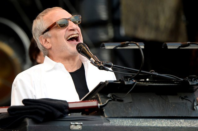 Happy Birthday Donald Fagen!  Hoy cumple 70 años Donald Fagen, fundador de la banda Steely Dan.
