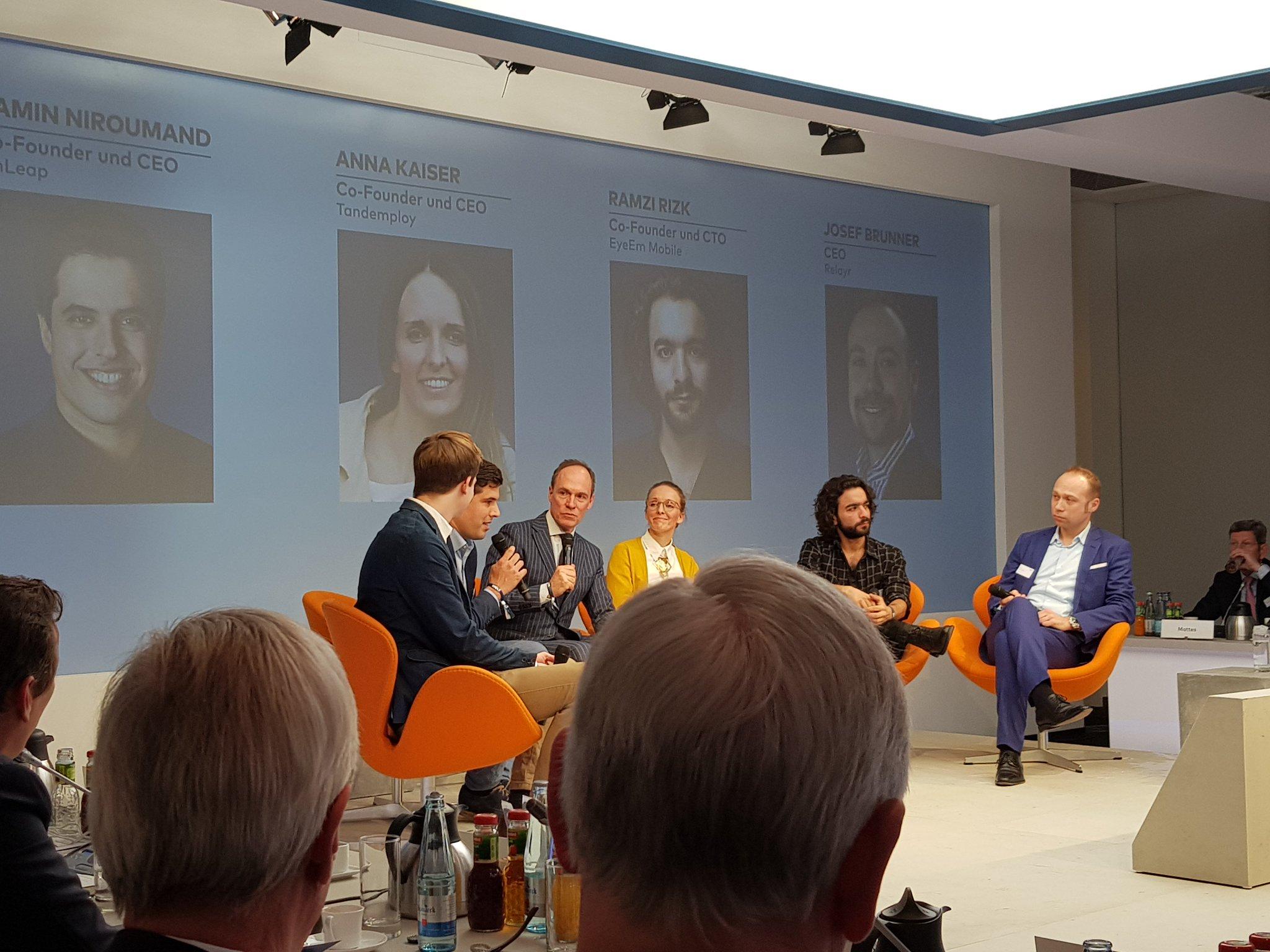Silicon Valley einfach kopieren? hy-CEO @ChristophKeese geht der Frage nach, wie traditionelle deutsche Unternehmen schneller und agiler werden. #WELTWirtschaftsgipfel https://t.co/um5wiaRvvs