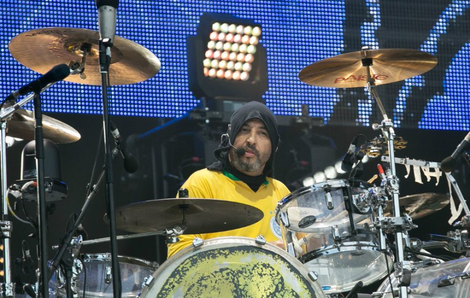 Reni's isolated drum track for The Stone Roses' 'Love Spreads' showcases his awesome ability https://t.co/IXGgFn1rcj https://t.co/ONralyAoY4