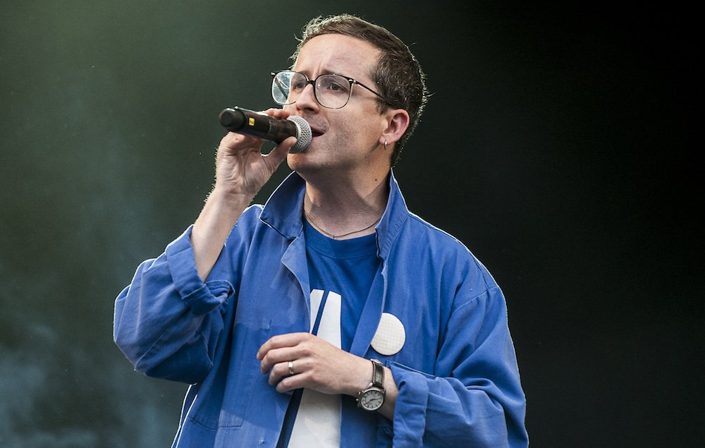 Are @Hot_Chip set to return with a new album? https://t.co/5VgMLGuiQj https://t.co/t3nfaBGAIU