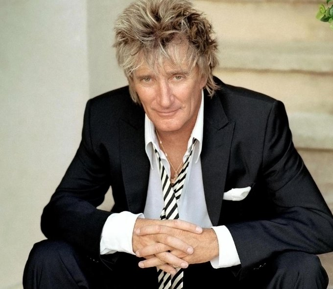 Wishing a happy 73rd birthday to Sir Rod Stewart!