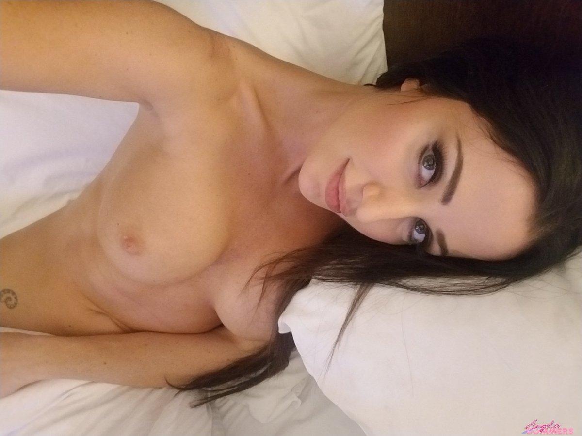 Update: Hotel Room Selfies - UhcW2Lzo6n oNpXkjxTBM
