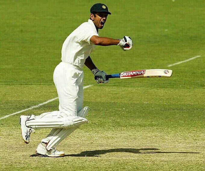 Wish u vry happy birthday Mr.        (Rahul Dravid ji)