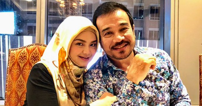Happy birthday Dato\ Sri Siti Nurhaliza