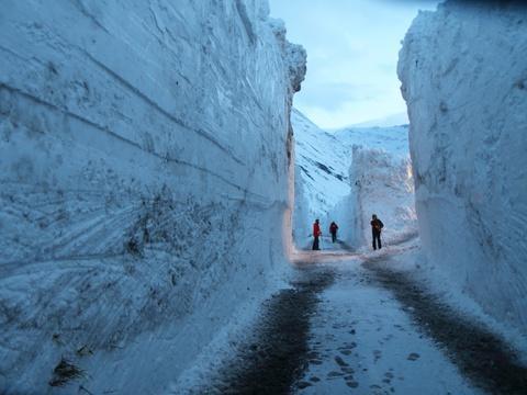 D'incroyables images prises au cœur d'une avalanche survenue en Savoie