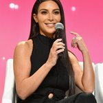 Kanye West uses email to tell Kim Kardashian to drop her big sunglasses